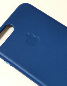 Apple純正・iPhone 7 Plusレザーケース「サファイア」レビュー