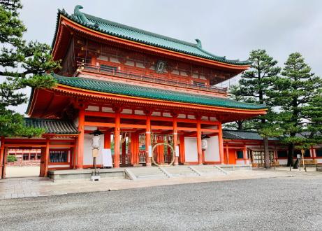 平安神宮の夏越しの大祓で茅の輪くぐりをしてきました。